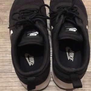 Nike Shoes - Nike Air Max Thea Size 7.5